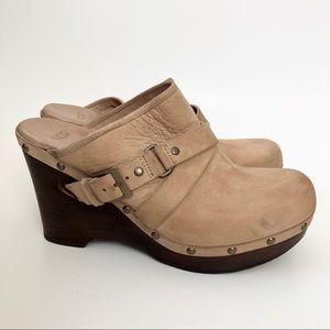 UGG Natalee Clogs - size 10